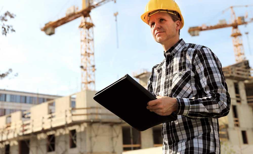 Как в России отмечают День строителя, когда будет праздник в 2022 году